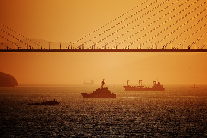 It's an important navigation reference for the vessels entering the Zolotoy Rog Bay through the Eastern Bosphorus strait