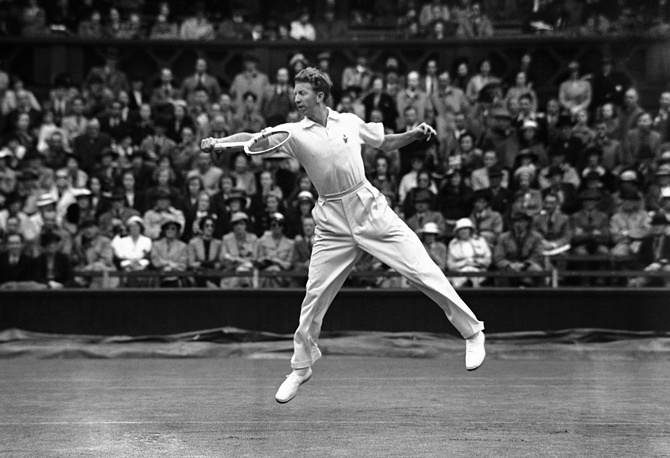 Don Budge, the world's No. 1 tennis star in 1930s, won Wimbledon titles two times