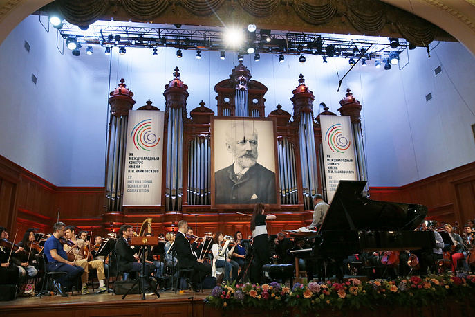 The Moscow Conservatory has five concert halls.The Grand Hall of the conservatory is famous for its remarkable acoustics. Photo: Musicians rehearsing in the Moscow Conservatory's Grand Hall, 2015
