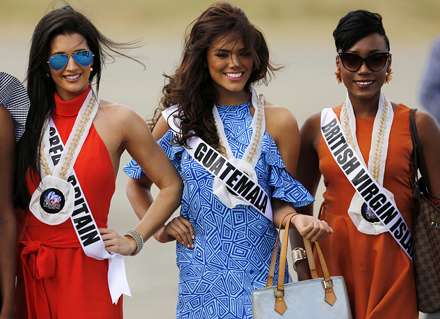 Miss Universe candidates Jaime-Lee Faulkner from Great Britain, Virginia Argueta from Guatemala and Erika Creque from British Virgin Islands visiting Hispanic colonial city of Vigan, Philippines