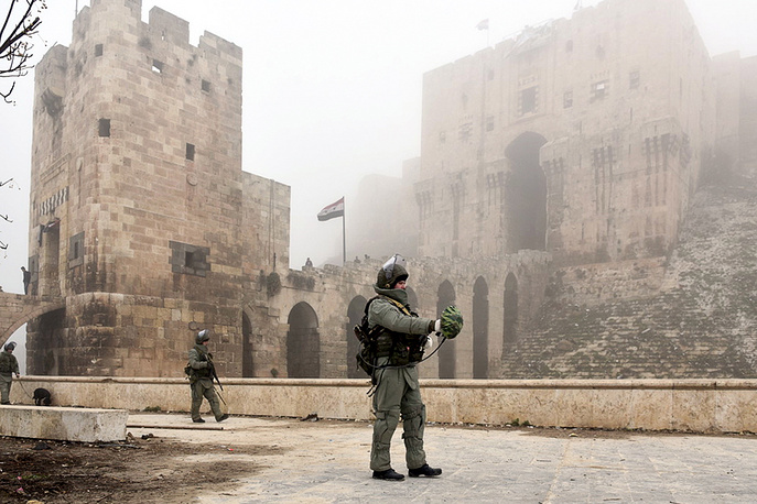 Russian military engineers clearing the Citadel of Aleppo of mines.