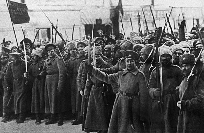 On March 12 Russian Army forces sided with the revolutionaries