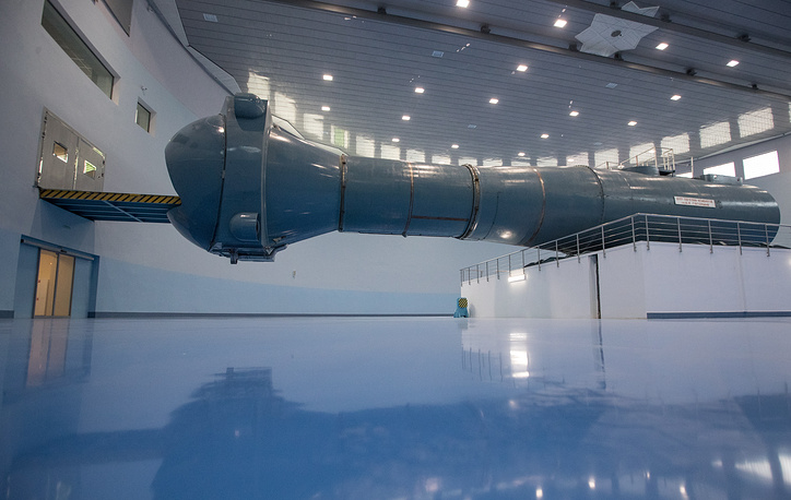 The world's largest centrifuge is CF-18 centrifuge at the Yuri Gagarin Cosmonaut Training Centre