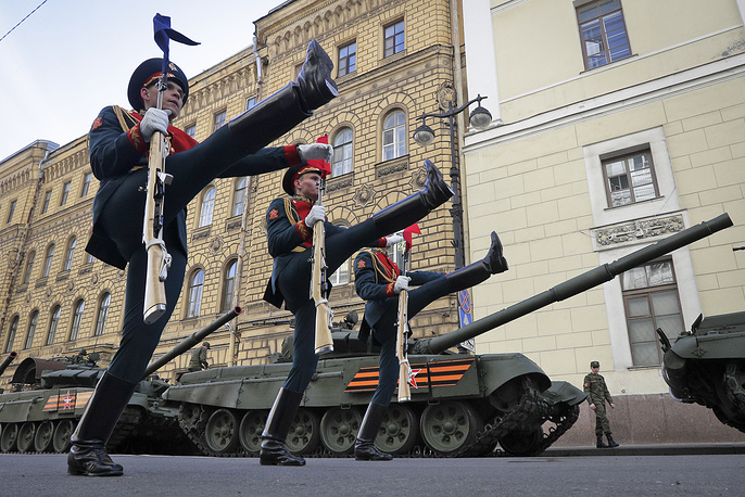 Russian honour guard soldiers march during a rehearsal for the Victory Day military parade in St.Petersburg, Russia, May 7