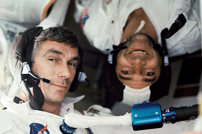 Aboard the Apollo 17 spacecraft were astronaut Eugene A. Cernan, commander; astronaut Ronald E. Evans, command module pilot and scientist-astronaut Harrison H. Schmitt, lunar module pilot. Photo: Eugene A. Cernan and  Ronald E. Evans under zero-gravity conditions aboard the Apollo 17 spacecraft, 1972