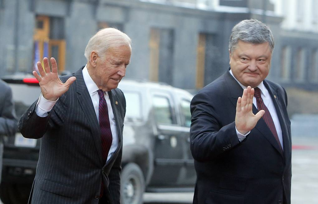 US Vice President Joe Biden and Ukrainian President Petro Poroshenko AP Photo/Efrem Lukatsky