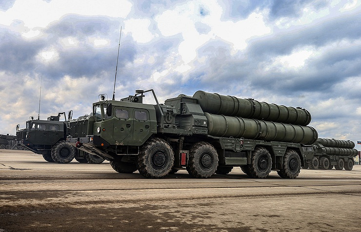 S-400 air defense missile systems Valery Sharifulin/TASS