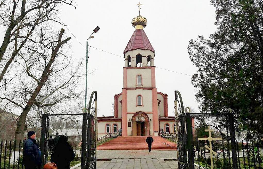 St George Cathedral in Kizlyar, where a local resident opened fire at people  Nizami Gadzhibalayev/TASS