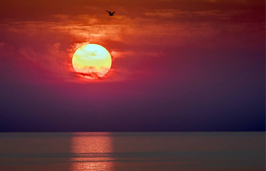 A sunset above the Sea of Azov Sergei Malgavko/TASS