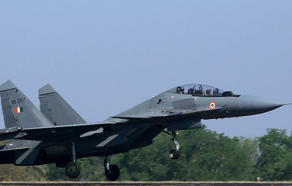 Indian Air Force Sukhoi SU-30MKI fighter jet EPA-EFE/JAGADEESH NV
