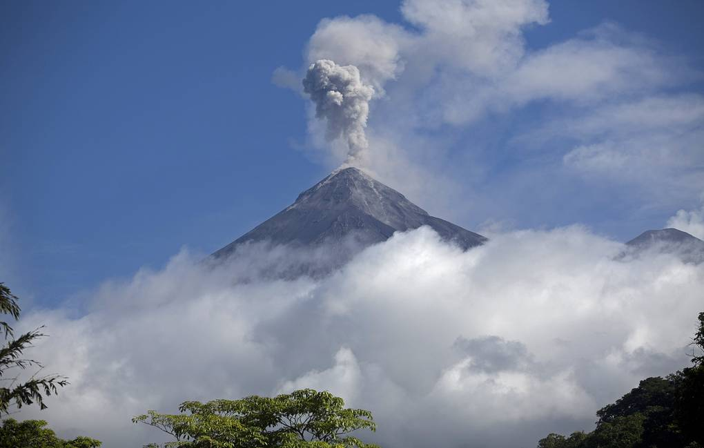 Fuego volcano AP Photo/Moises Castillo