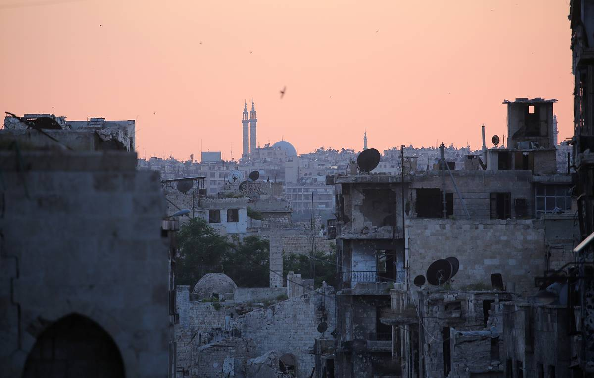 Militants shell settlements in two Syrian provinces — Russian reconciliation center