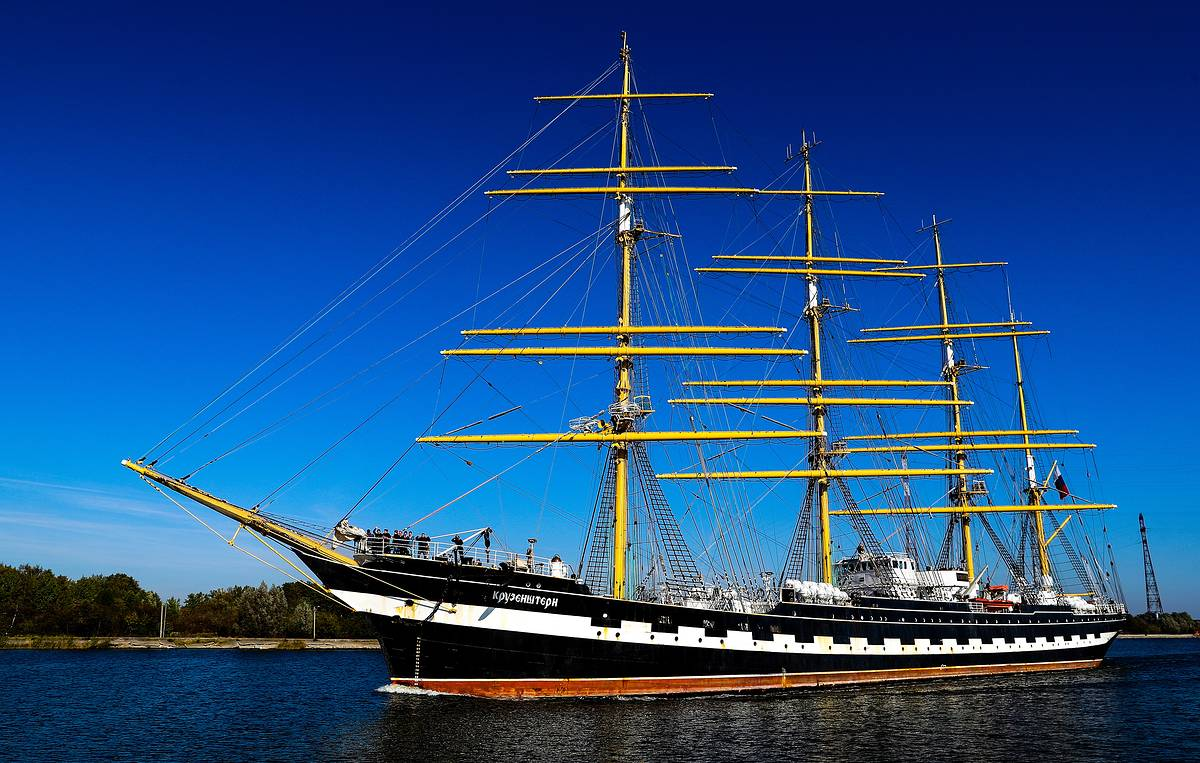 Russia's legendary barque Kruzenshtern calls at Germany's Warnemunde for festival of sails