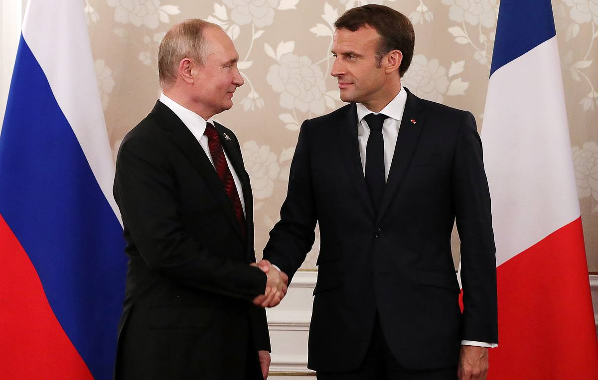 Press review: Putin, Macron to tackle Ukraine and Syria faces the 'Blackwater of Jihad'
