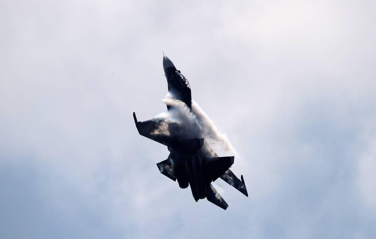 Russia's Black Sea Fleet fighter aircraft fire missiles against enemy targets in drills