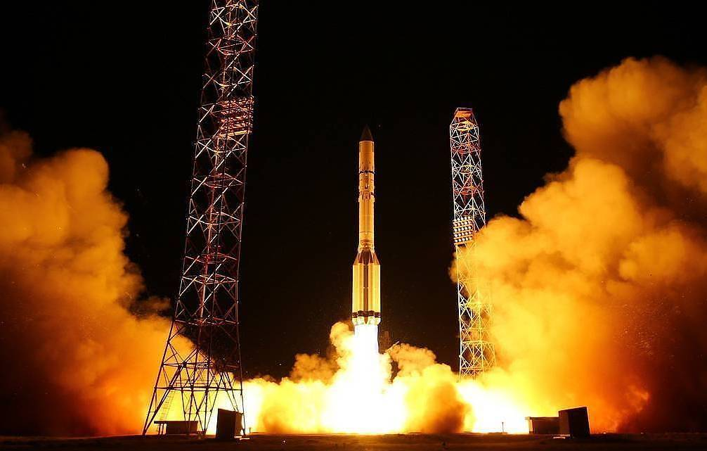 Russia's Khrunichev center to make 11 Proton-M rockets before their production stops