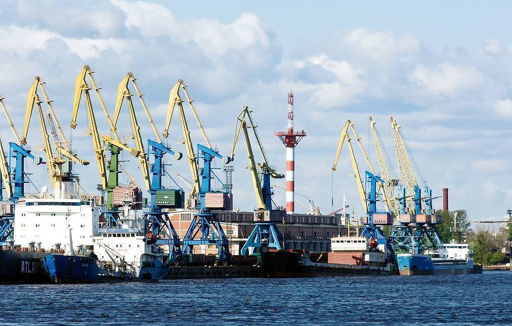 Russia to lay keels for 22 combat, supply ships in 2020 — source