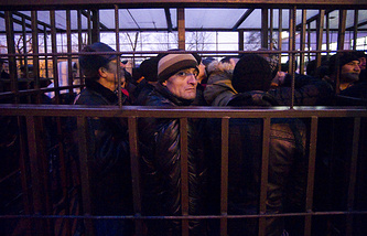 The issue of legalizing compatriots from former Soviet republics and granting Russian citizenship to them is still urgent