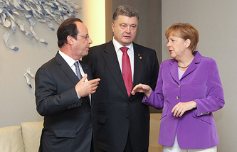 Francois Hollande, Petro Poroshenko and Angela Merkel