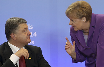 Petro Poroshenklo and Angela Merkel