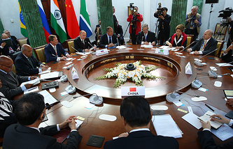 Meeting of BRICS delegations' heads (archive)