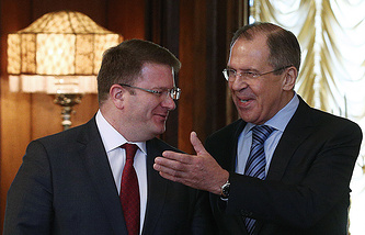 Foreign ministers of South Ossetia and Russia, David Sanakoev and Sergey Lavrov