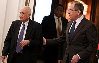 Secretary-General of the Arab League Nabil Elaraby and Russian Foreign Minister Sergey Lavrov