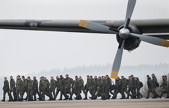 Soldiers ahead of NATO military drills