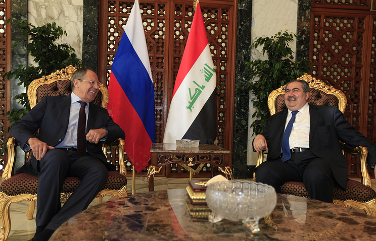 Sergei Lavrov (left) with Iraq's Foreign Minister Hoshiyar Zebari