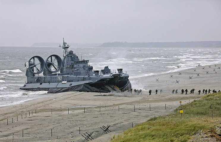 Russian Baltic Fleet vessel seen during military drills in 2009 (archive)