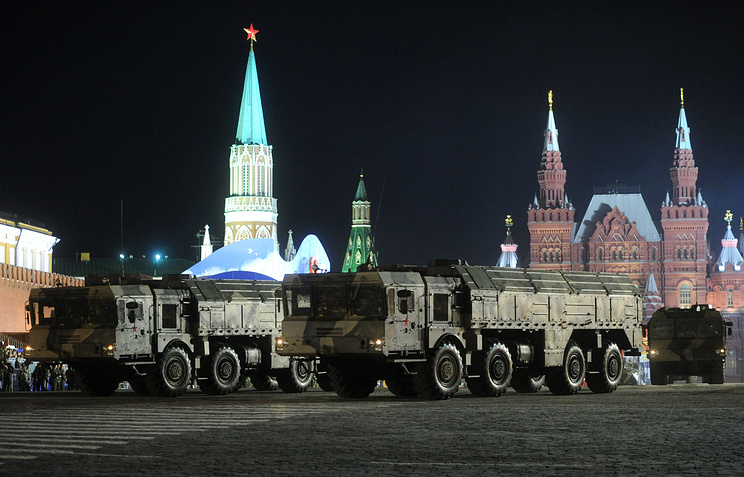 Iskander-M during during rehearsal of the Victory Day military parade in 2010 (archive)
