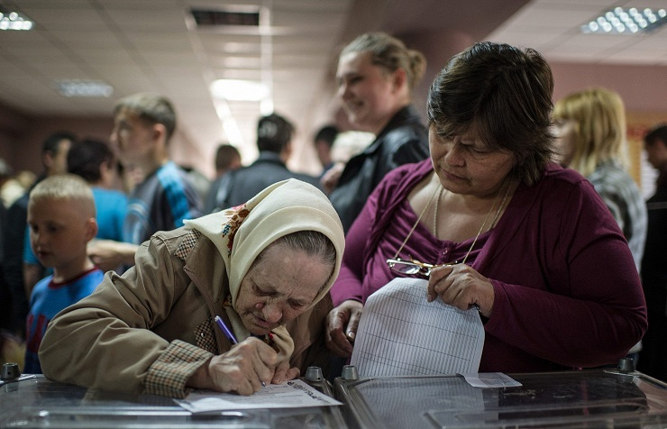 Polling station in Mariupol