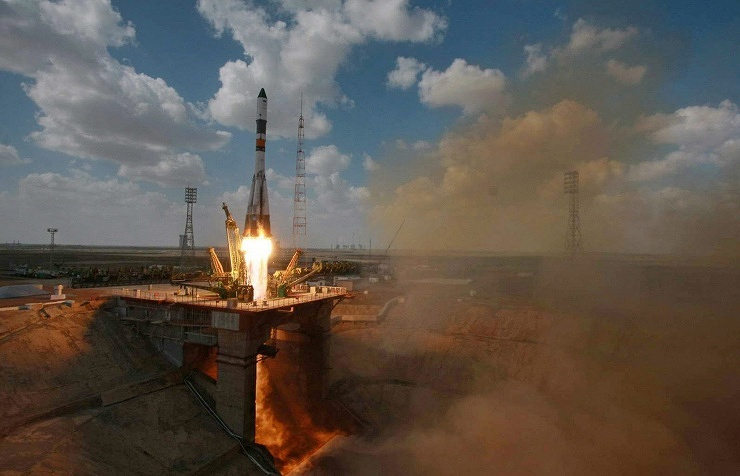 The launch of the Soyuz TMA-13M rocket
