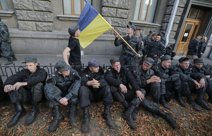 Conscripts protesting in Kiev