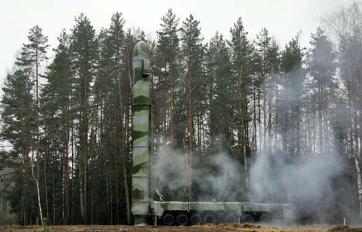 Topol-M missile (archive)