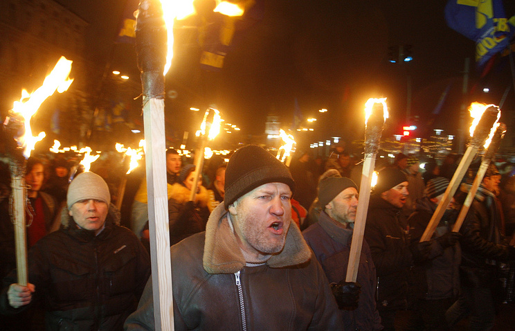 Ukrainian nationalists march in Kiev