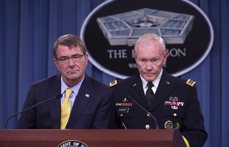 US Defense Secretary Ash Carter and Joint Chiefs Chairman Gen, Martin Dempsey