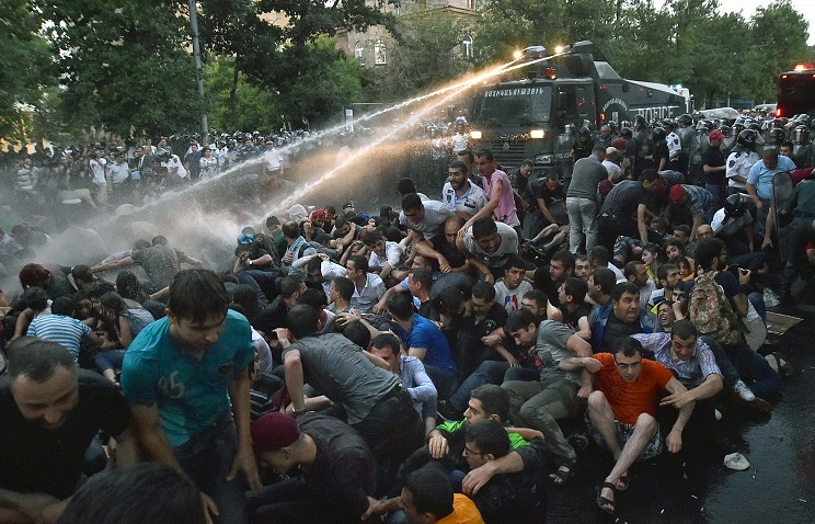 Dispersal of protests over a hike in electricity prices in Yerevan on June 23, 2015
