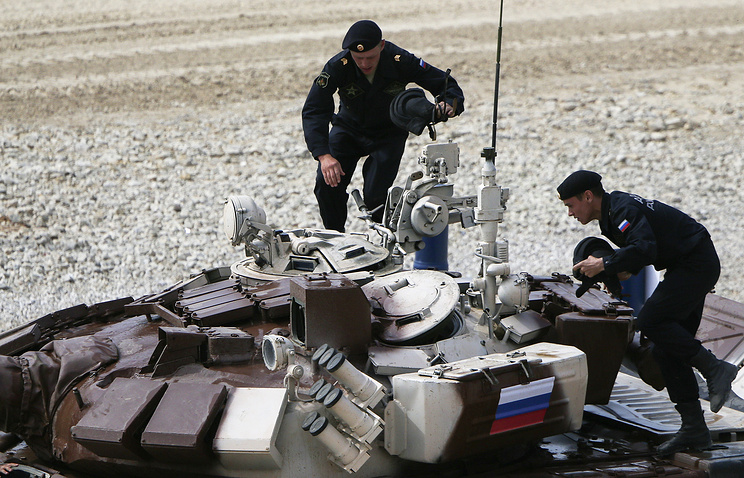 Russian tank biathlon team