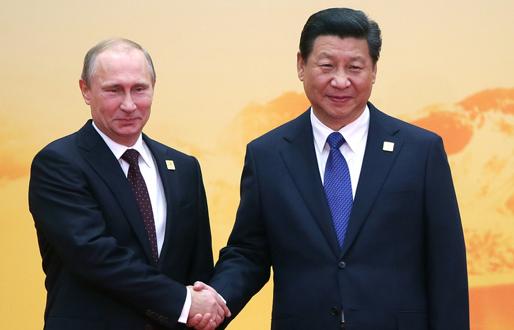 Vladimir Putin and Xi Jinping (archive)