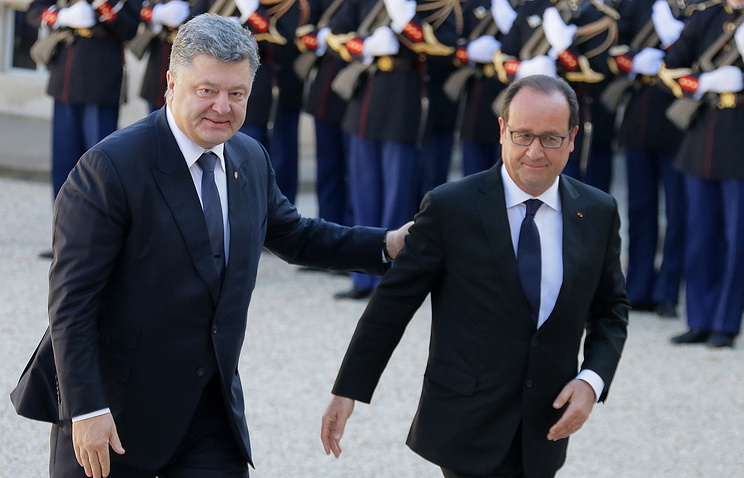 Ukrainian President Petro Poroshenko and French President Francois Hollande