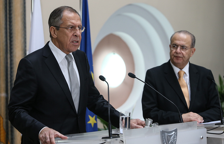 Russian and Cypriot  Foreign Ministers Sergey Lavrov and Ioannis Kasoulides