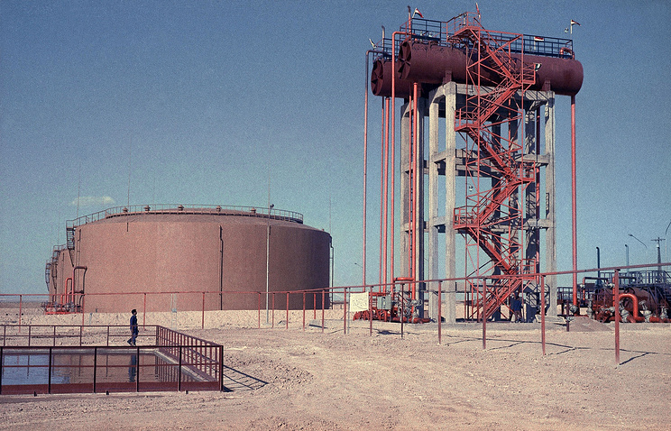 Syrian oil field (archive)