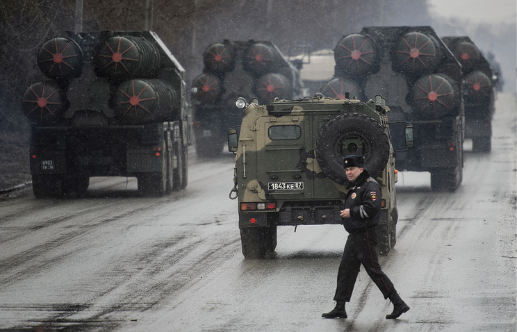 Russian S-300 air defense systems seen in Yekaterinburg (archive)