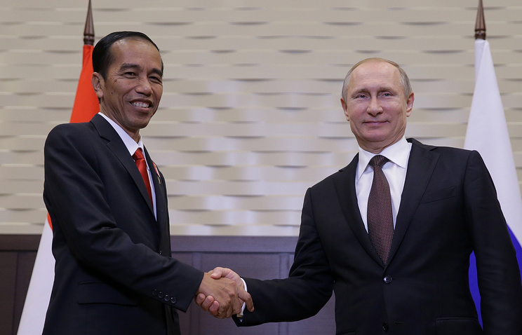 Russian President Vladimir Putin and Indonesian President Joko Widodo