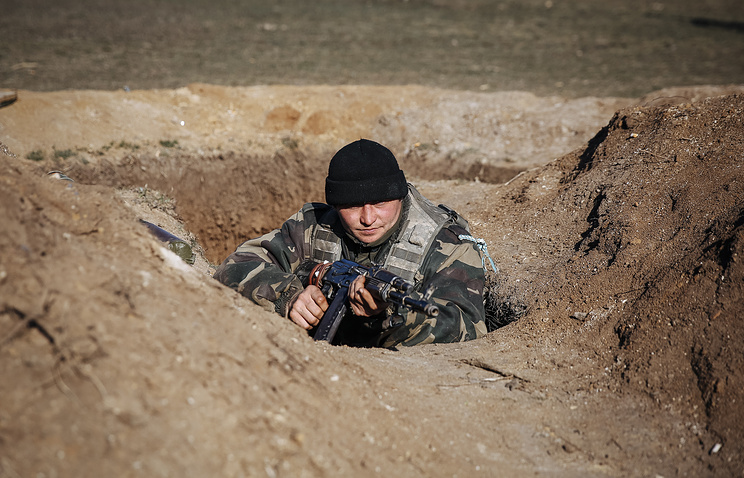 A soldier of the Ukrainian government army in Donbass (archive)