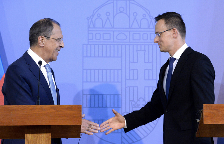 Russian Foreign Minister Sergey Lavrov and Hungarian Foreign Minister Peter Szijjarto