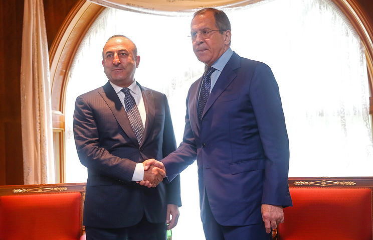 Turkish Foreign Minister Mevlut Cavusoglu and Russian Foreign Minister Sergey Lavrov