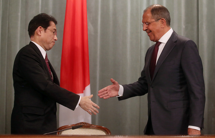 Japanese and Russian Foreign Ministers, Fumio Kishida and Sergey Lavrov