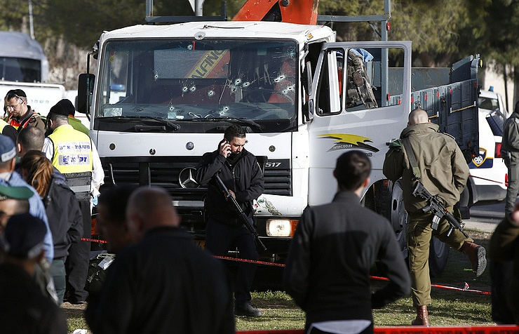 Truck attacker that killed four soldiers supported Islamic State, Netanyahu says
